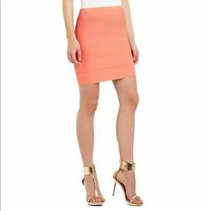 BCBGMAXAZRIA Simone Texture Power Skirt